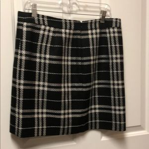 J crew black and white flannel patterned skirt
